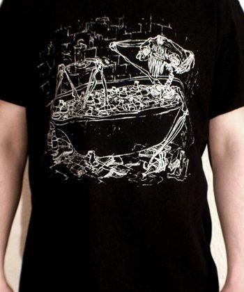 """Shirt mit Artwork """"Handfeste EP"""" auf schwarzem Stoff"""
